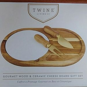 Twine Living Wood & Ceramic Cheese Board S…
